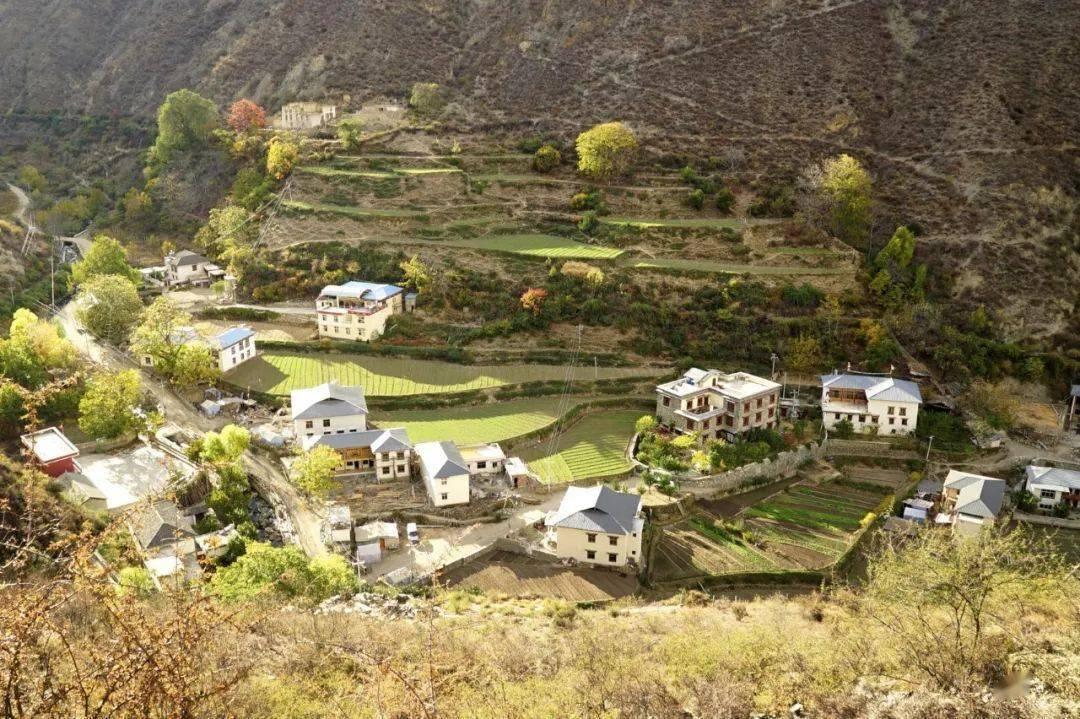 比云南更云南、比西藏更西藏,这些地方连大自然都偏爱!轻松玩转滇藏,选松赞就对啦!