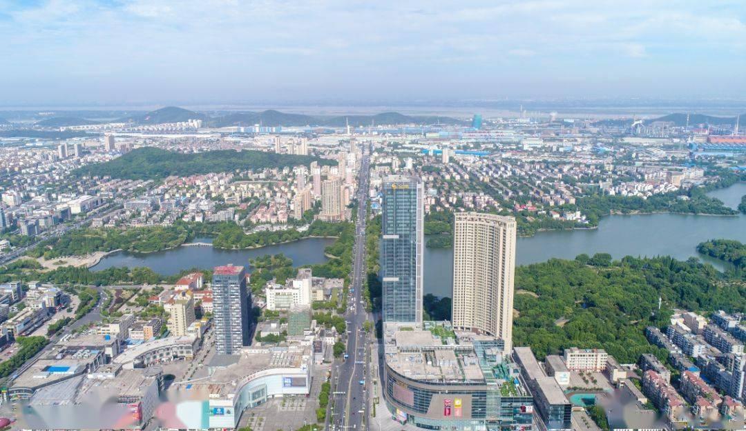 袁方赴广东招商并出席华骐环保上市仪式