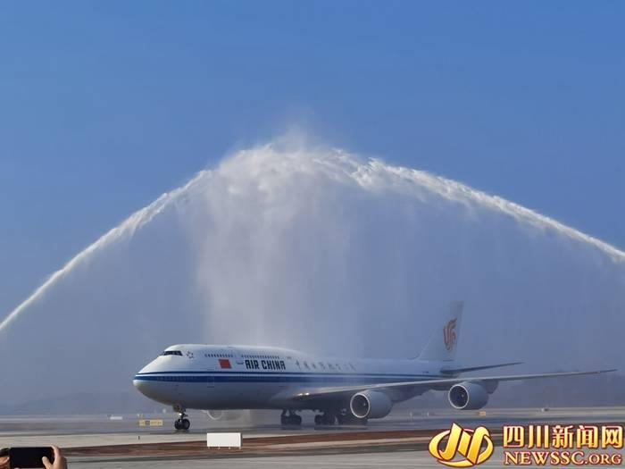「天府国际机场试飞」国航来了:到2025年在成都市场运力投放翻一番