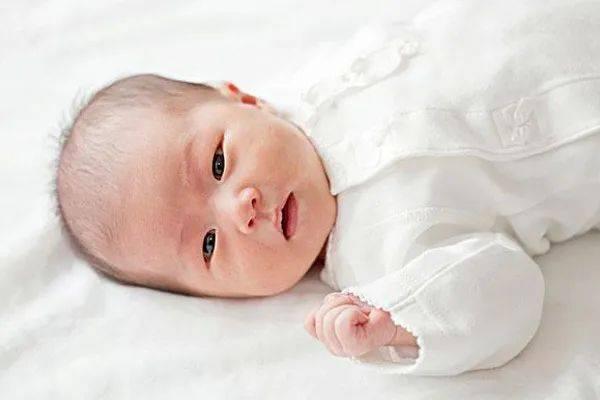 【育儿篇】小宝宝排便困难,这3个护理方法,让宝宝轻松排便!