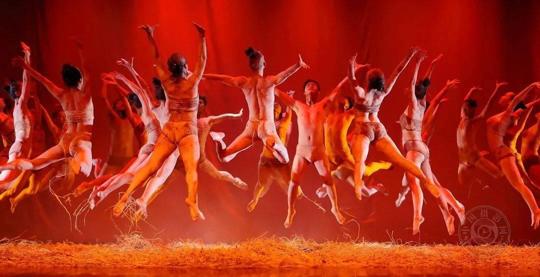 中国摄影网签约摄影师罗小林:摄影创作&;amp;舞台艺术