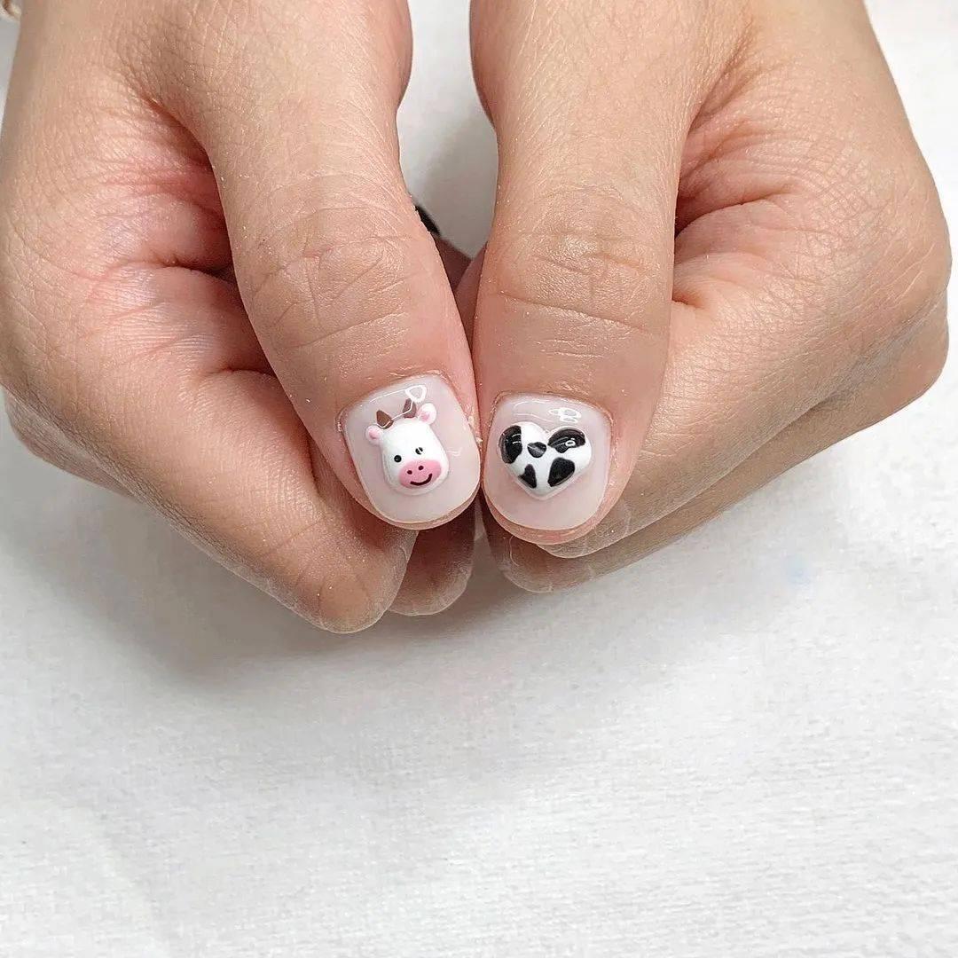 Angelababy美甲 2021年美甲最新款图片奶牛纹美甲怎么做?