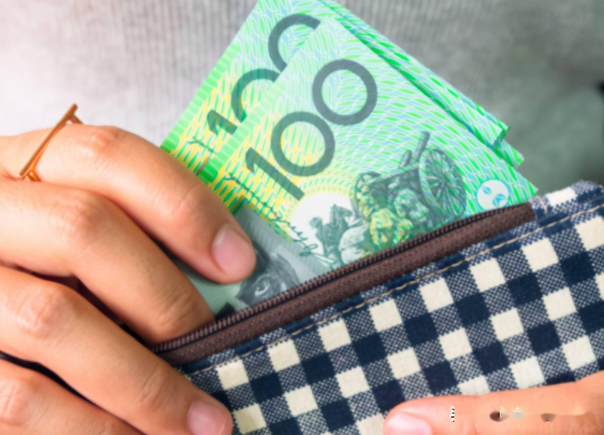 澳洲人工资越来越少了!疲软的就业市场威胁着经济复苏