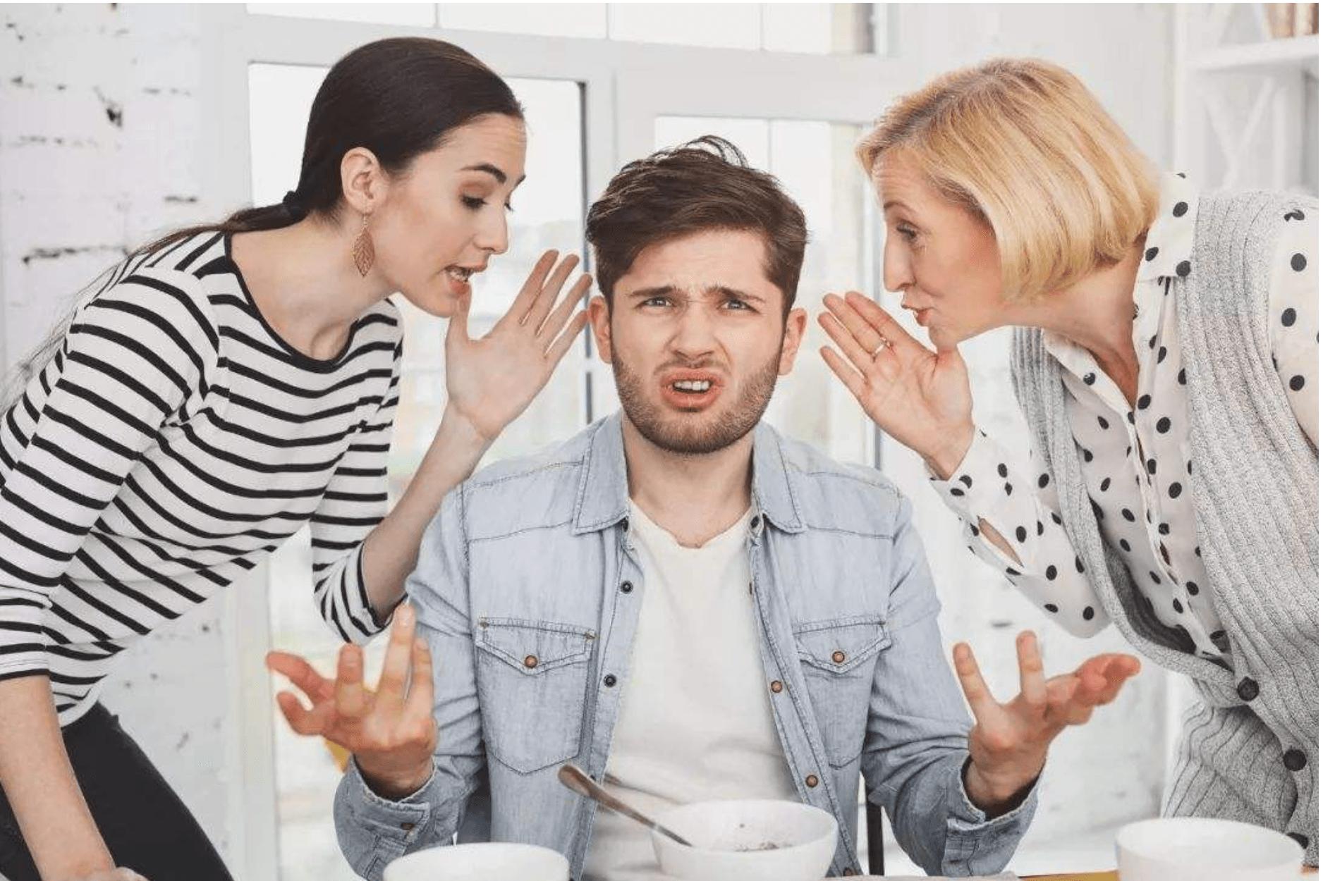 """女性婚后的忠告:""""嫁人先看男方妈!""""如果有这些行为,多加考虑  第1张"""