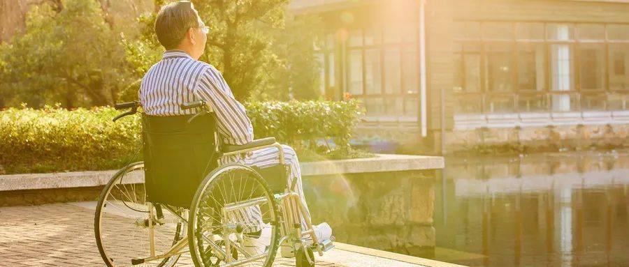 孤独终老的可能性后果:养老院给我上了吓人的一课