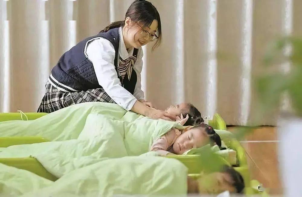 想生不敢生、二胎无人照看……赤峰市出台婴幼儿照护服务方案