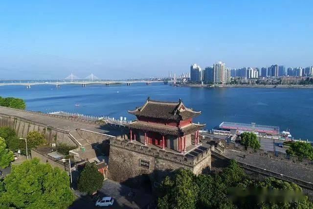 襄樊经济总量_襄樊老照片