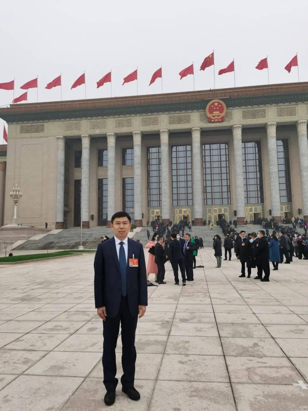 全国人大代表王秦丰:对于员工为企业说话,它带来了很多建议