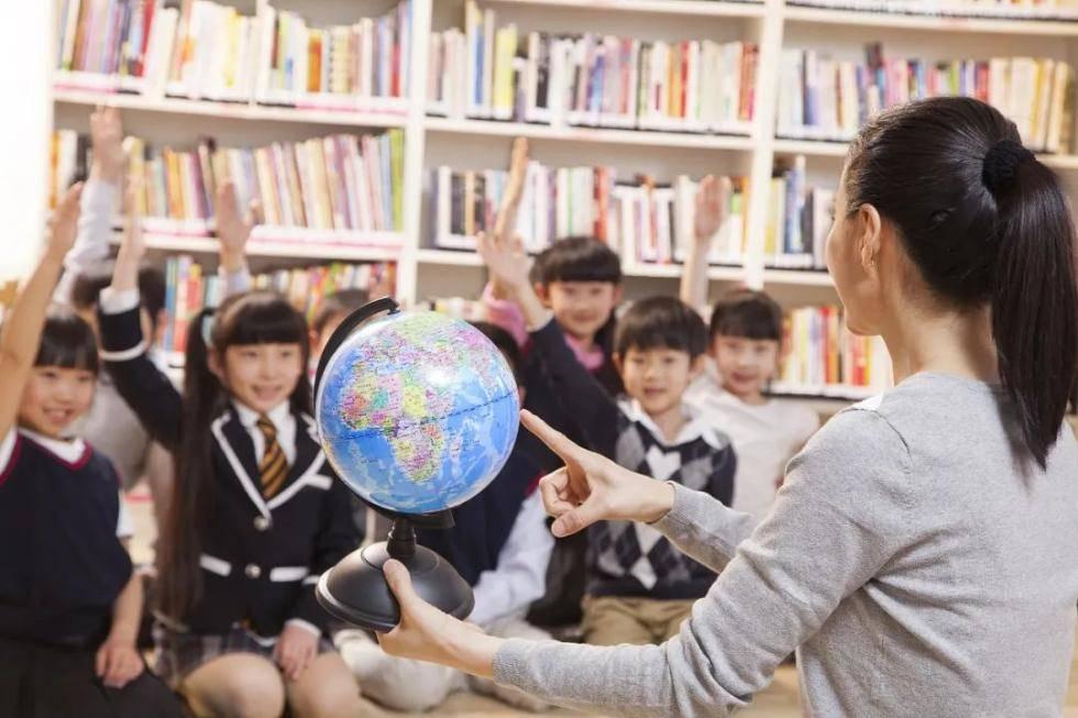"""教师的困惑:一些高学历家长总来""""指导""""教学,课还怎么教?"""