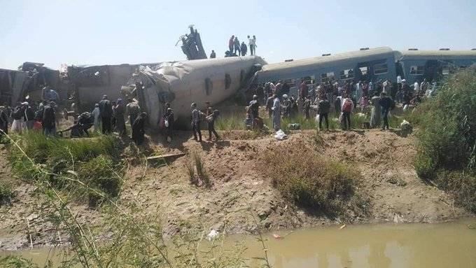 外媒:两列载客火车在埃及南部相撞,已致32死66伤