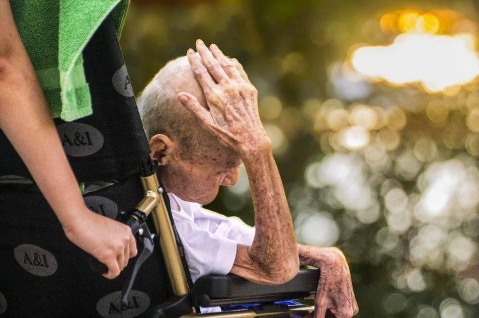 注意!!手抖可能是帕金森,早期帕金森病公益援助正式启动,速报名!