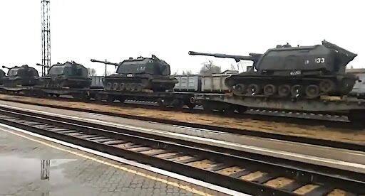 """普京发言人回应西方""""增兵俄乌边境""""指责:这只是在保卫俄罗斯"""