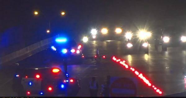 美国一高速路爆发激烈枪战:致1死5伤 男子坐家里被打中