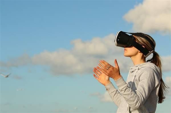 VR终于成了!5G VR电竞告诉你什么叫杀手级应用的照片 - 6