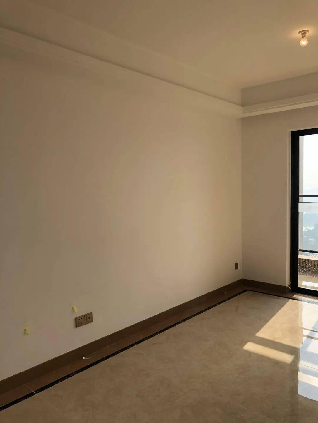 82㎡小3房,3万装出轻奢风,租金大涨1000+!