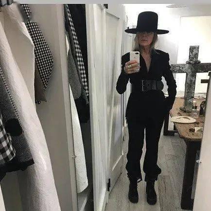 衣品||75岁还是最酷的女神 如何穿成戴安·基顿? 爸爸 第51张