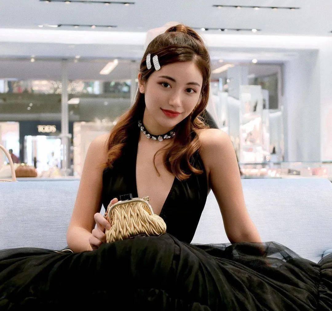 新加坡富婆的女儿日常曝光,收割了几十万粉丝