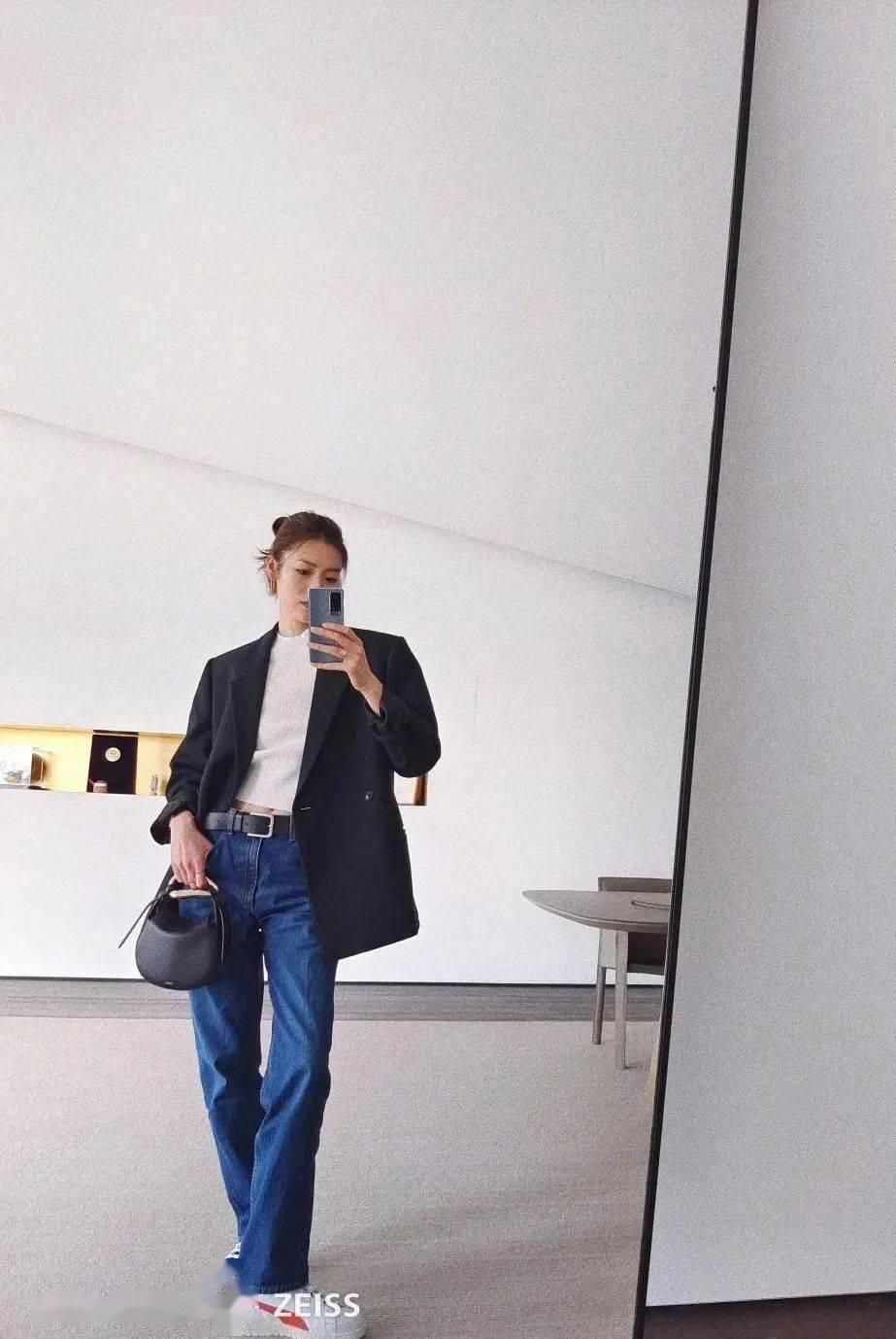 刘雯设计的衣服一定买,时尚宠儿的穿搭教科书到底有多高级
