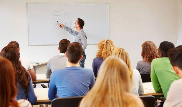 英国学生评选: 教学能力最强大学排名!曼大竟2次上榜?