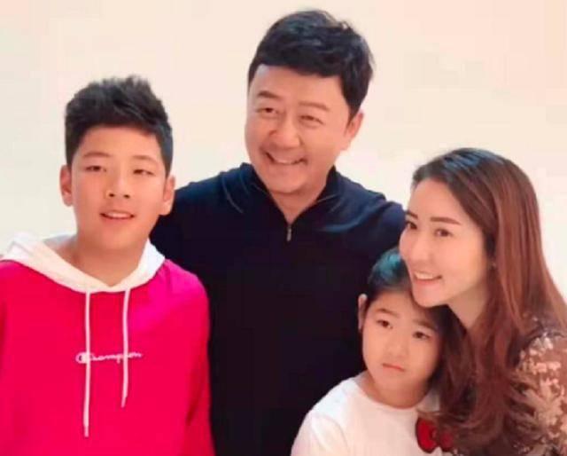 郭涛儿子近照曝光,14岁石头身高超过爸爸足有1米8