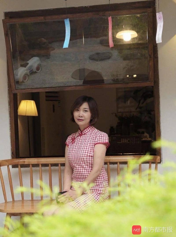 对话把退休感言讲成脱口秀的四川女教师:平时的状态就是这样