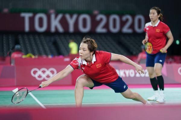 东京奥运会 羽毛球:陈清晨/贾一凡获胜
