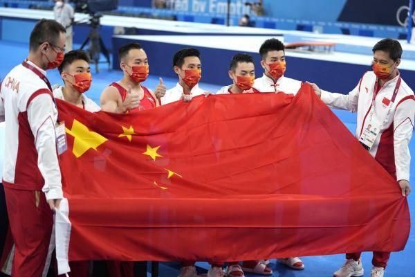 现场|中国体操男团赛后