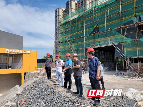 湖南高铁职院假期推进重点项目施工 为开学提供保障