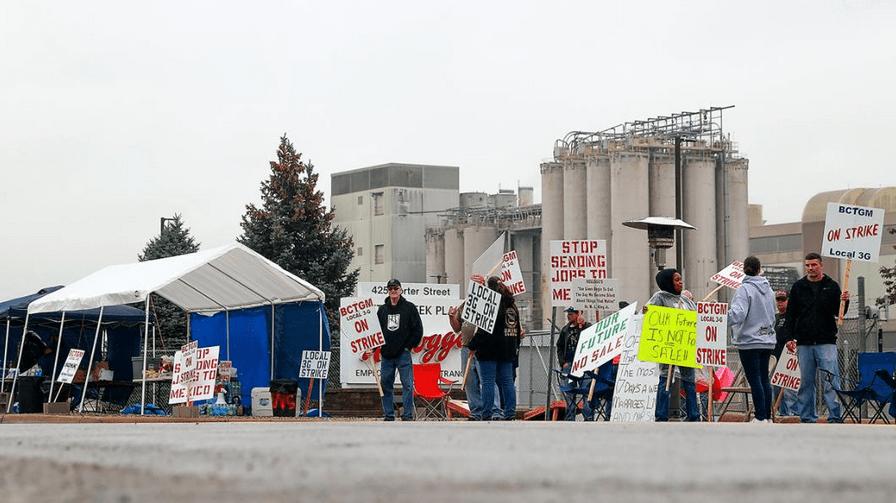 美国10万人加入罢工潮,美媒:工人们再也无法忍受了