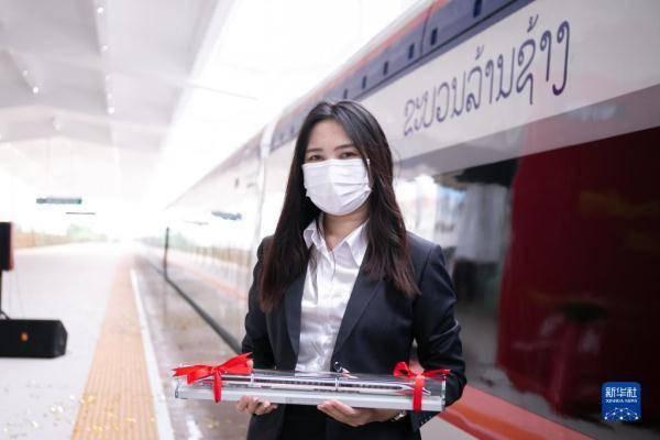 通讯:中老铁路承载老挝民众期盼